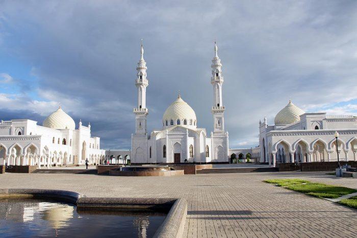 Ак Мечеть (Белая мечеть)