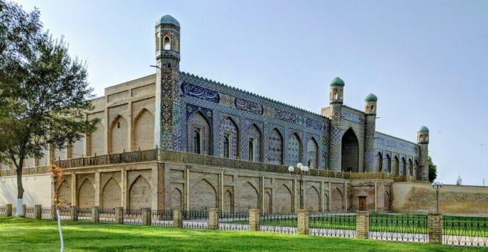 Дворец Худояр-хана