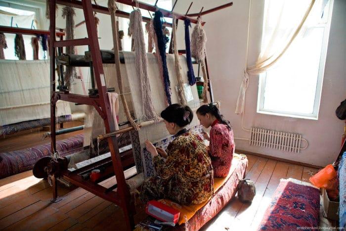 Худжмурская ковровая фабрика Самарканда