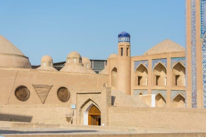 Медресе Хурджум и Аллакули-хана