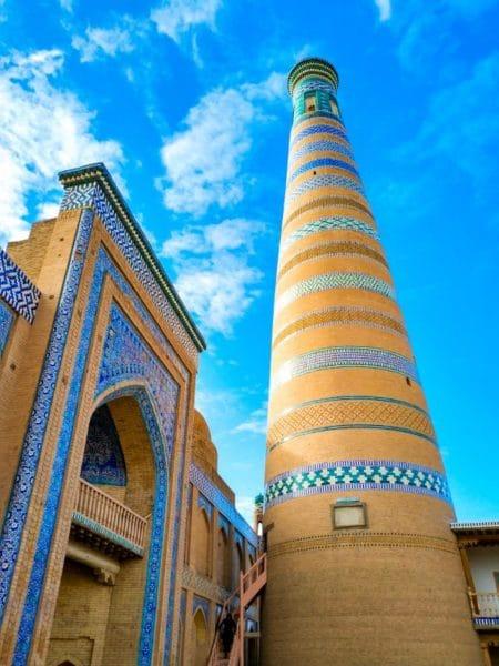 Минарет и медресе Ислам-Ходжа
