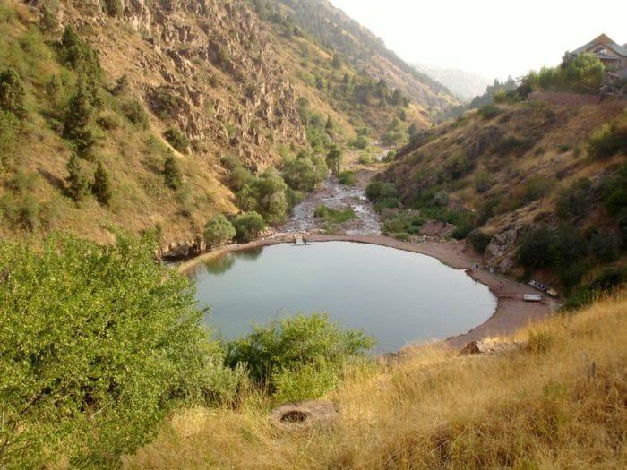 Турбаза Янгиабад — жемчужина Чаткала