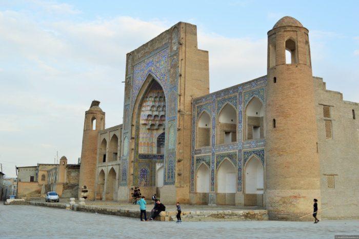 Медресе Абдуллазиз-Хана