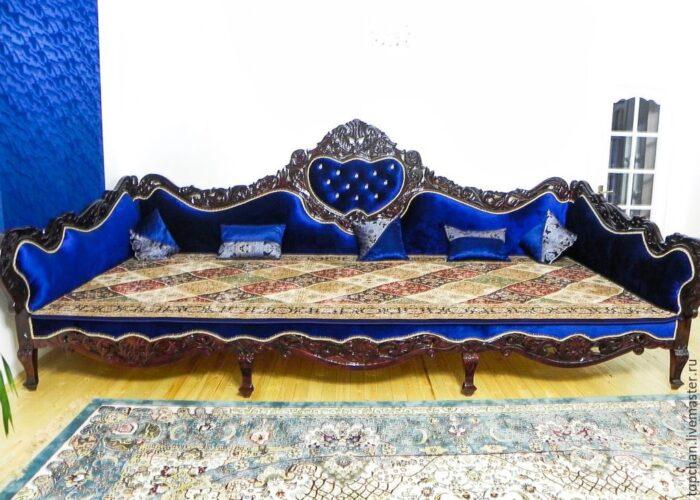 Тапчан в Восточном стиле