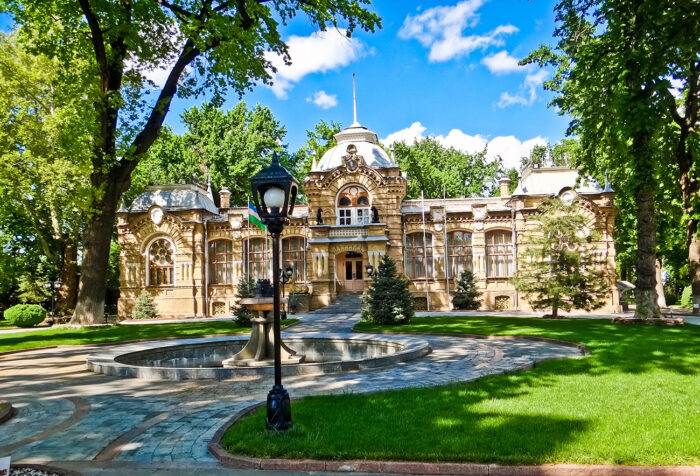 Резиденция Николая Романова в Ташкенте