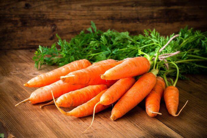 Овощи морковка